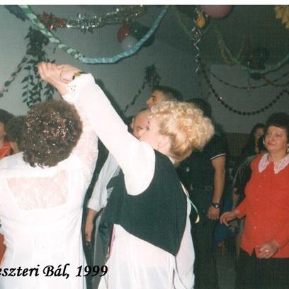 Szilveszteri bál 1999.jpeg